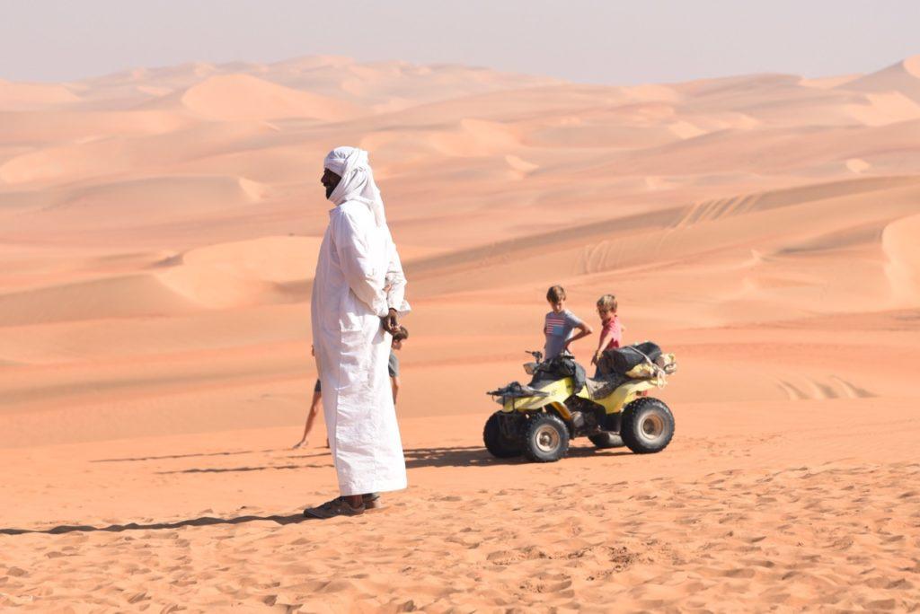 Dubai Violaine CmCities dunes