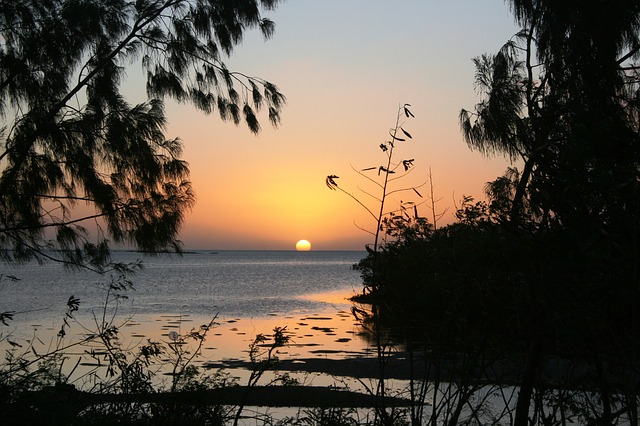 sunset-874348_640