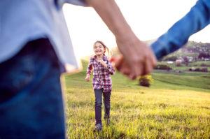 Grands-parents : 11 idées pour maintenir le lien avec vos petits-enfants expatriés