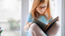 Des-livres-pour-preparer-petits-expats-UNE FXP-559x520