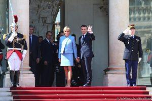 Macron et le grand lift de Marianne ?
