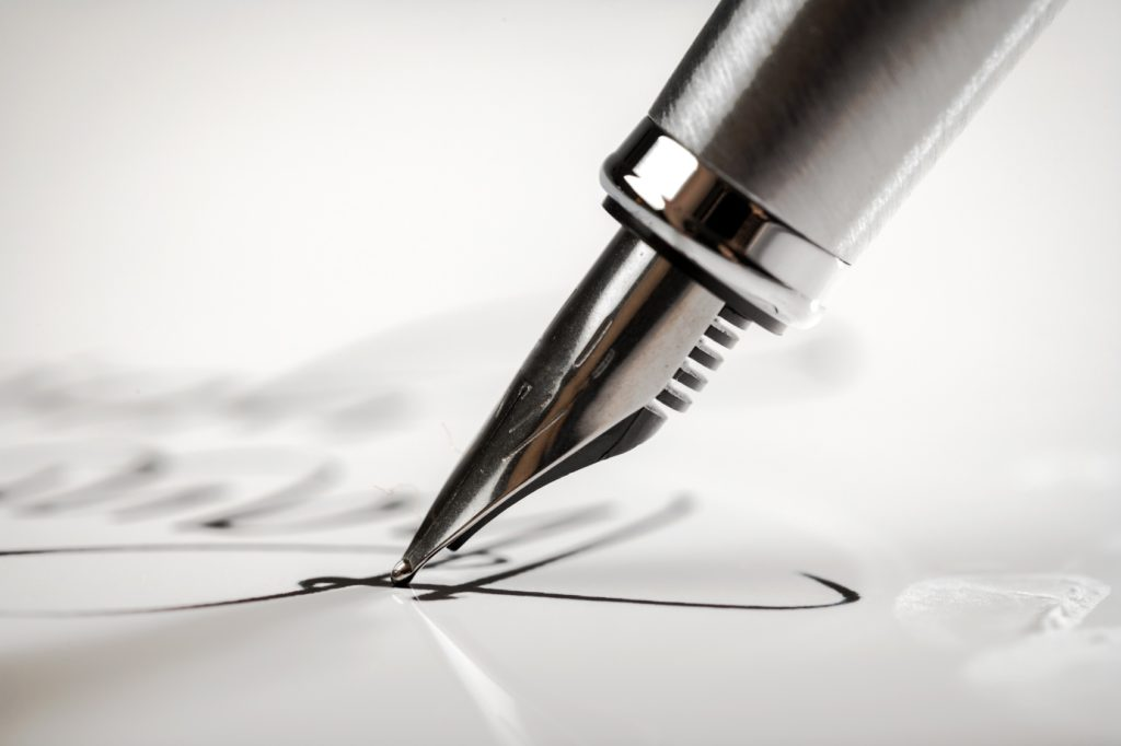 Bien tenir son stylo plume pour bien ecrire