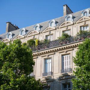 Facade parisienne pelaprat immobilier