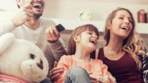 Regarder-la-television-française-et-Netflix-depuis-l-etranger-UNE femmexpat