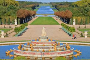 Le-retour-en-France-decouvrez-Versailles-ses-quartiers-et-ses-ecoles