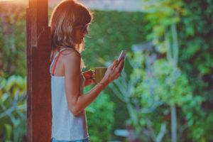 Départ en expatriation, forfait téléphonique : que choisir ?
