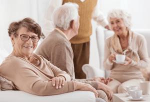 Prendre soin d'un parent âgé tout en étant expatrié papyhappy