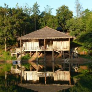 SOS-Un-Toit-Au-Laos-UNE Femexpat-559x520