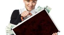 Transfert-et-rapatriement-argent-UNE femmexpat 559x520