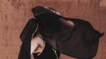 S-habiller-aux-Emirats-Arabes-Unis-UNE femmexpat 559x520