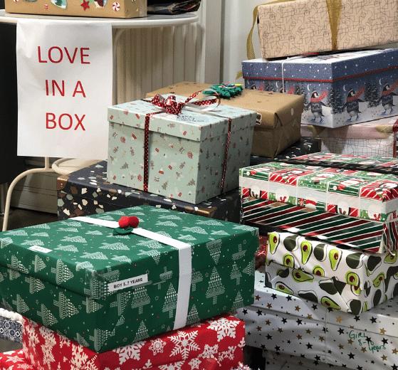 cadeaux de noËl love in the box