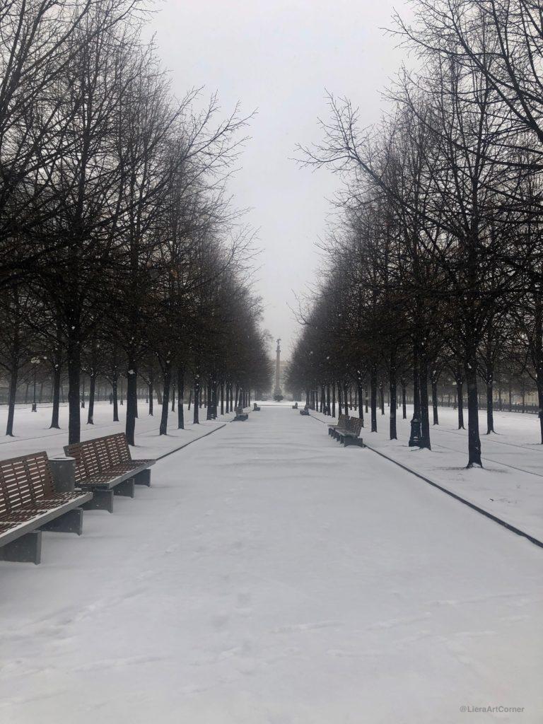 Moscou se confine