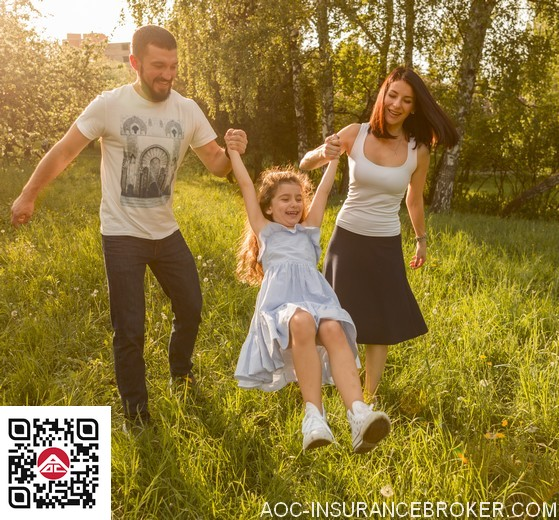 famille dans un jardin AOC