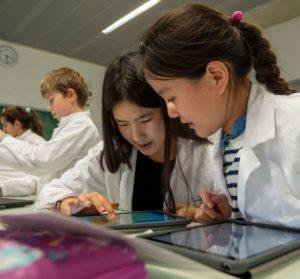 L'École Jeannine Manuel  Une place unique dans le paysage de l'enseignement en France !
