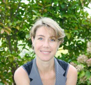 Hélène PETEAU